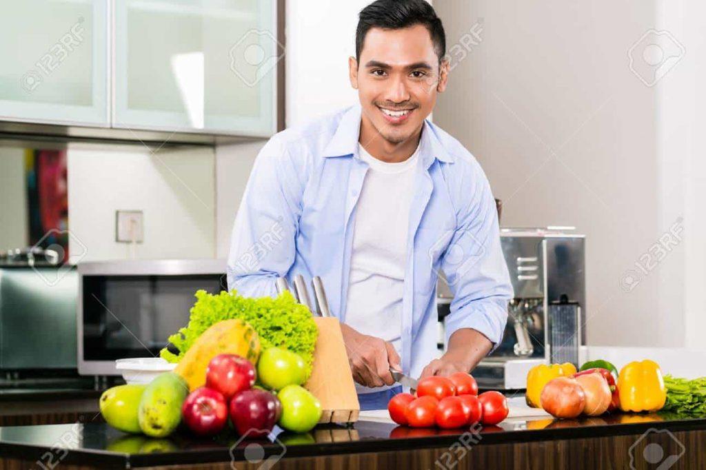 Men Should Eat Tomato